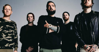 """A DAY TO REMEMBER SHARE NEW SINGLE """"EVERYTHING WE NEED"""""""